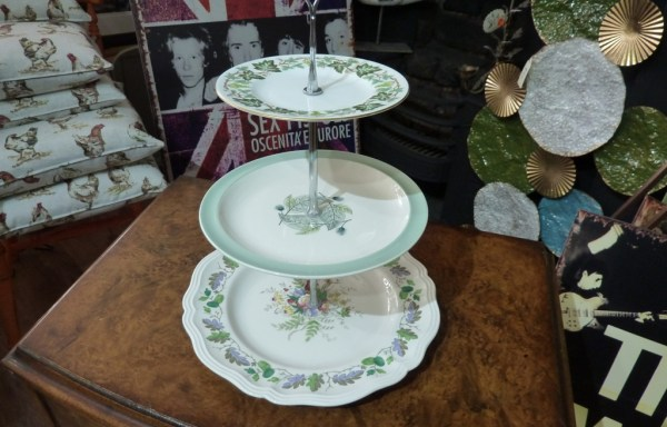 3 tier cakes stand vintage plates