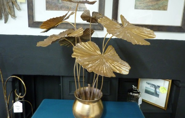 "Gold metal potted plant lamp 22"" tall"