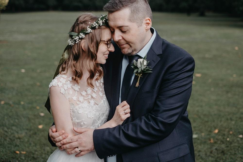 Éljen az ifjú pár! – Eszter és Gábor esküvője egy koszorúslány szemével