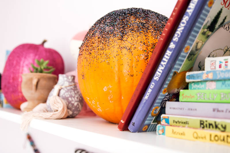 DIY glitter pumpkin book shelf