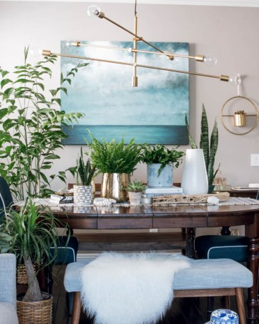 Winter Holiday Dining Room Makeover on a Budget