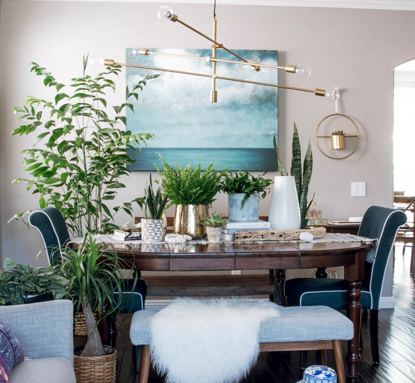 Dining Room On A Budget: Winter Holiday Dining Room Makeover On A Budget