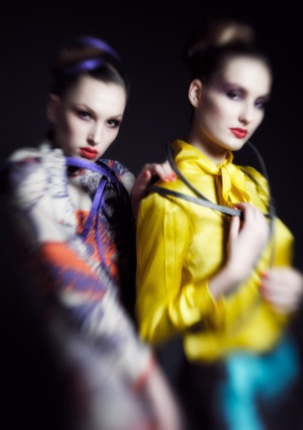 Photo: DONG-HA CHOE | PHOTOGRAPHY | Fashion: Yvonne Ziemens | Models: Sophie &Julia@Izaio | H&M: Anja Kieselbach