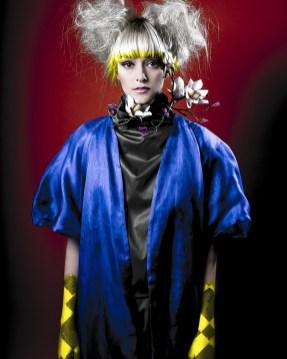 Photo: @Kuntergrau Kuntergrau (Tatjana Jule Schenk) Model: Charly von Mary von Megamodelagency Designer: URAN Styling: Modepflaster H&M: Anja Kieselbach - Hair | Make-up | Workshops
