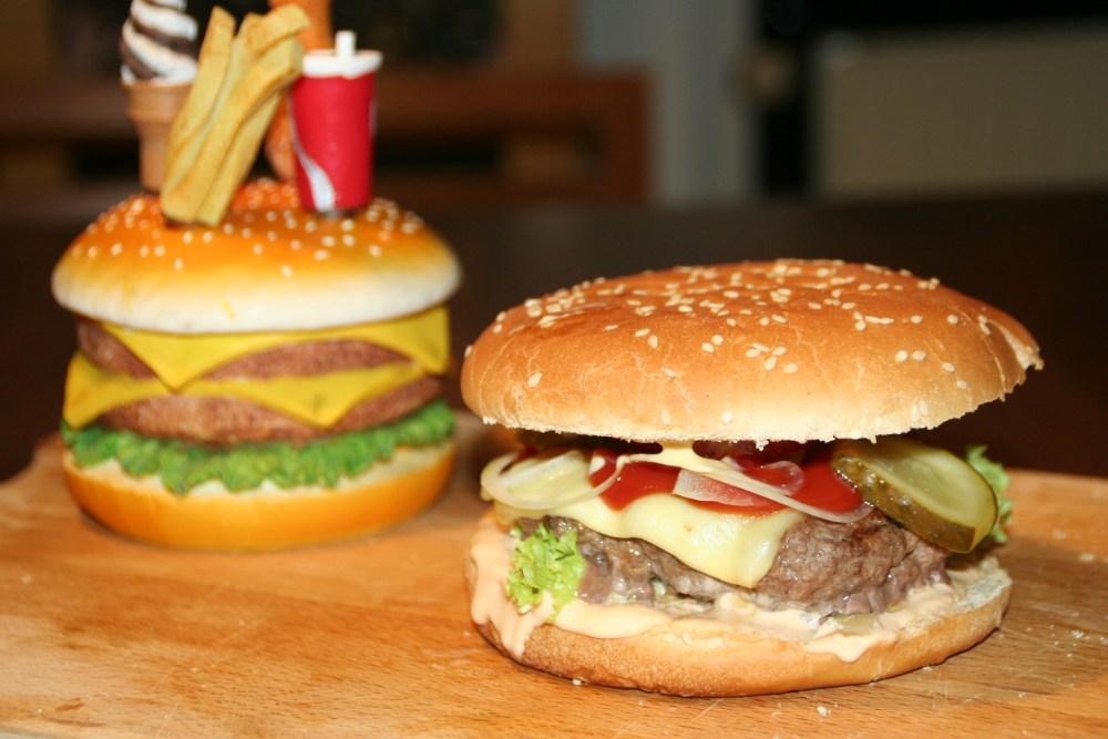 Hamburger  Deluxe - hausgemacht (5/6)