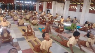 Yoga 2017 2
