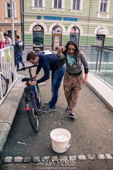 Bike cleaning fun =)