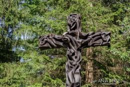 Cross statue