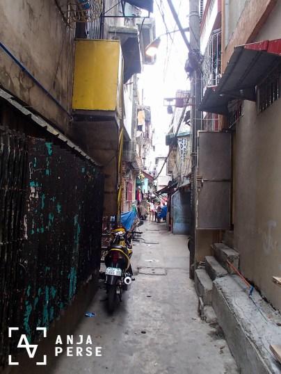 Alley in Tondo