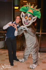 This was the best Valentine's date ever! I love you King Julien, you never let me down! =D