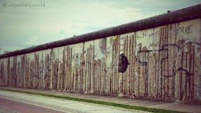 Berlin Wall (1961-1989)