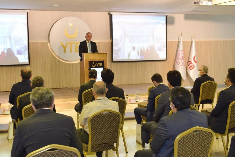 """YTB Başkanı Eren: """"YTB olarak yurt dışındaki vatandaşların sesi olmaya çalışıyoruz"""""""