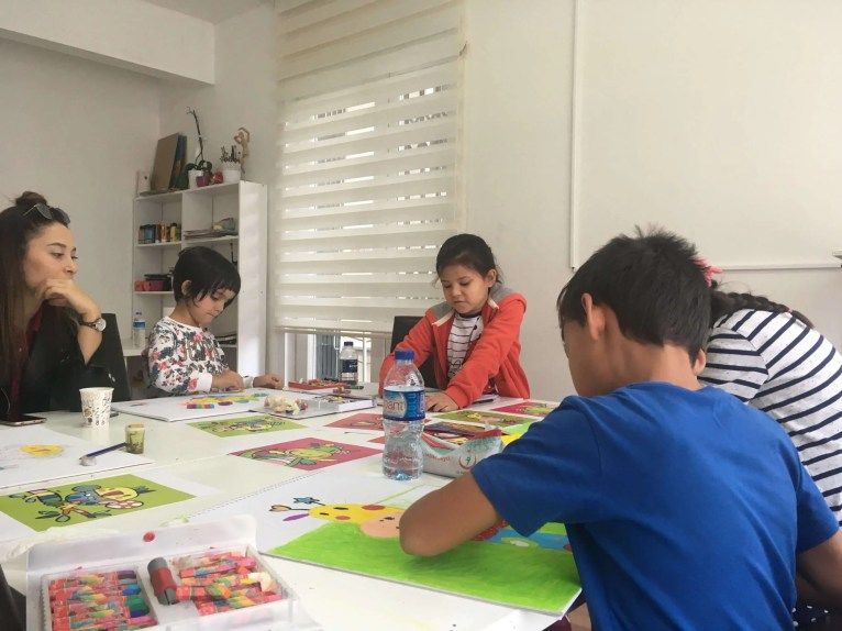 Çocuklar için resim dersleri