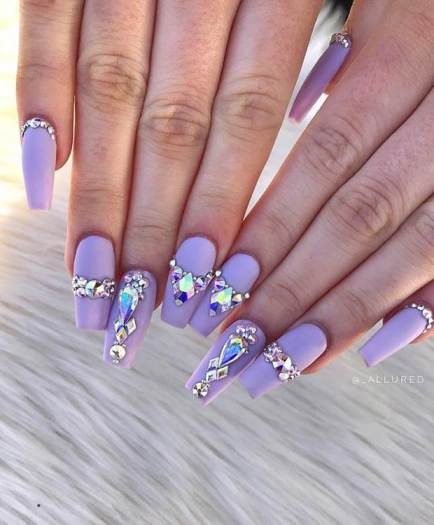 Super Glam Diamond Nail Art Design