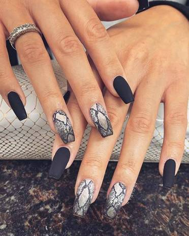 26+ Black Acrylic Nails Ideas With Best Tips To Try ASAP