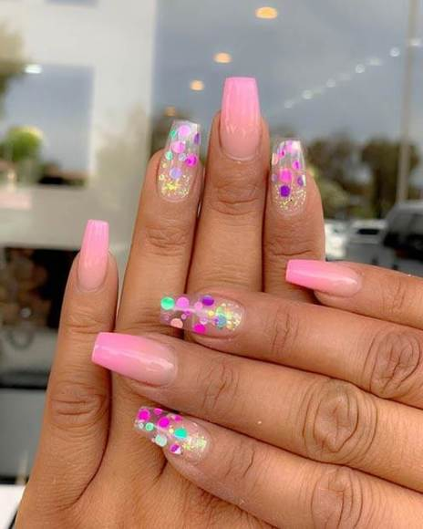 25+ Perfect Clear Acrylic Nails Designs 2020 with Rhinestones