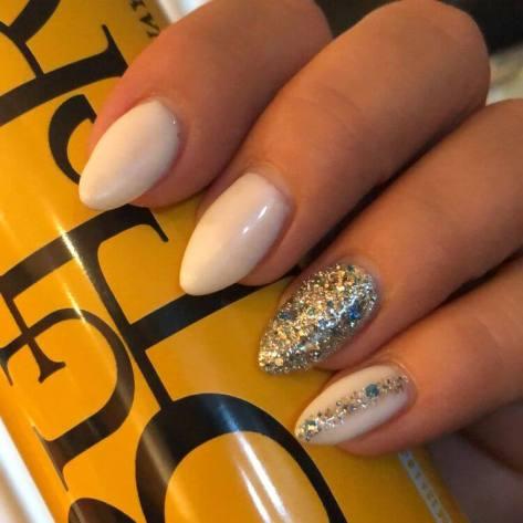 24 Best Glitzy Nails with Diamond Nail Art We Won't Stop DIY