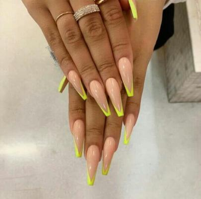 Nude Nails with Yellow Neon Nails Tips