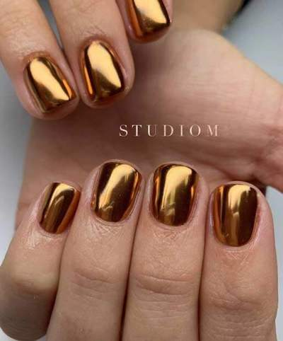 Glam gold foil Nail Design