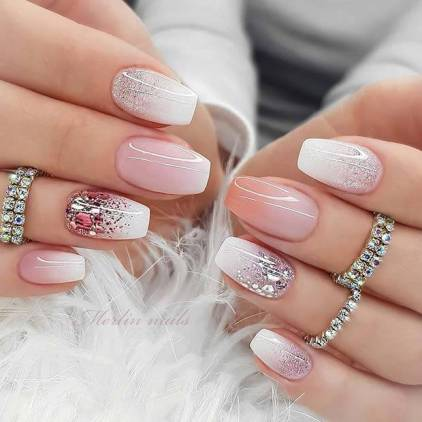 26+ Best White Glitter Nails Tutorial Ideas To Copy In 2020