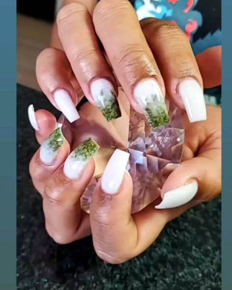 26+ Simple White Nails Designs 2020 That Are Easy To DIY