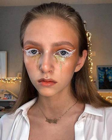 21 Perfect Angel Halloween Makeup To DIY In 2020