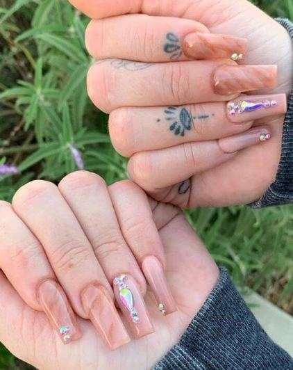 Nude Marble Nail Design
