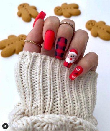 Cute Santa Claus Nails