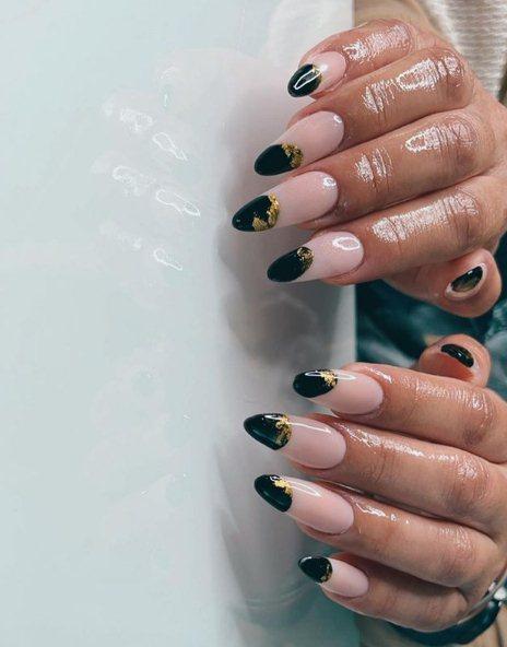 2. Accent Black Nail Designs