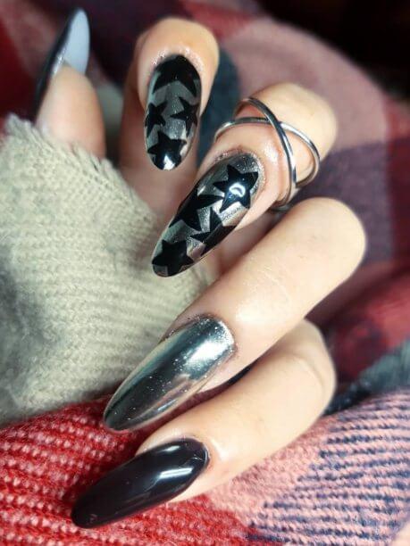 12. Dark Silver Glitter Nails