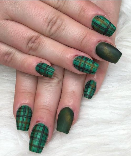 Green Plaid and Clover Nail Design
