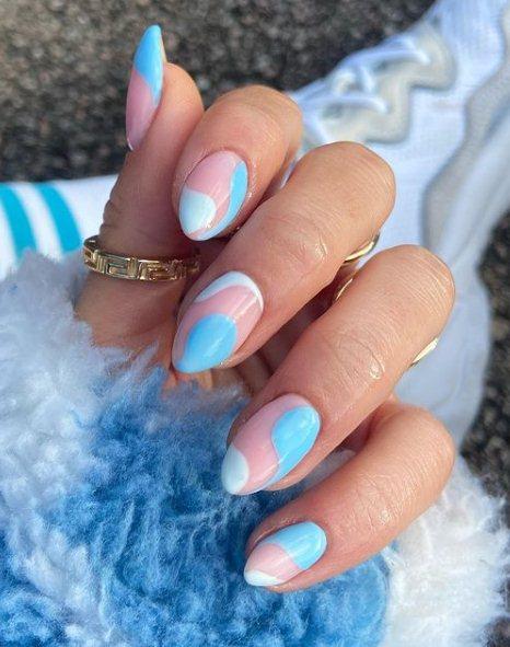 2. Pretty Pastel Blue Nails