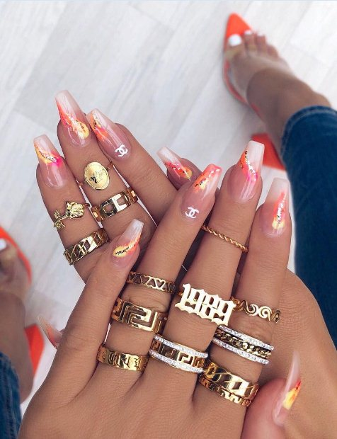 Statement acrylic nails