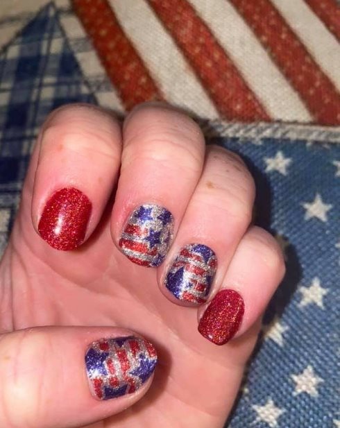 latest nail designs for Memorial Day