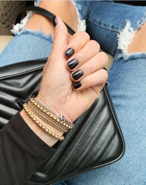 Dark color nail polish