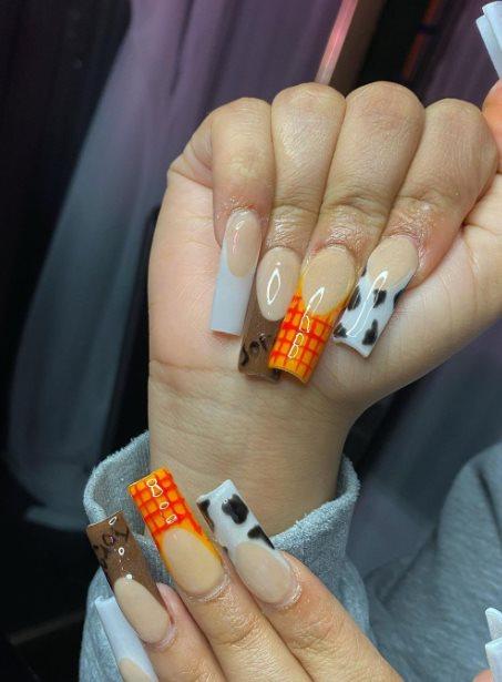 Festive Manicure Color