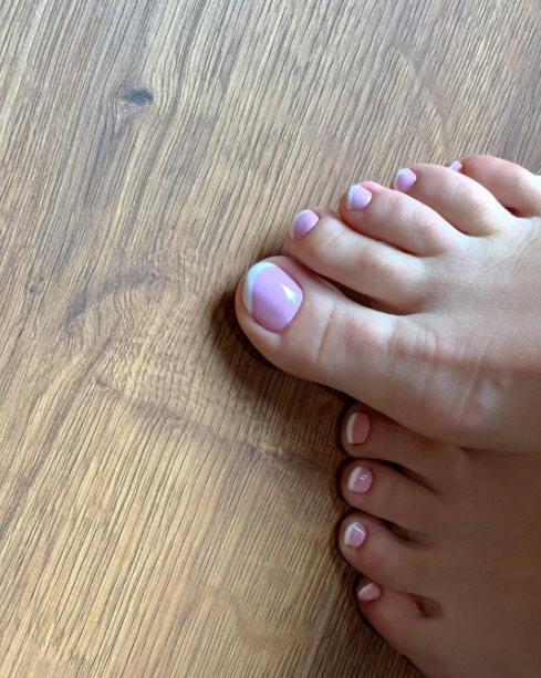 26+ Elegant French Toenails Ideas to Try at Home Now