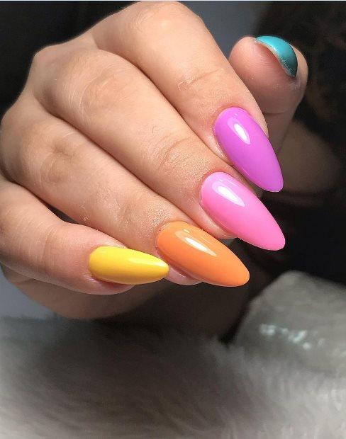 Pastel short almond nails