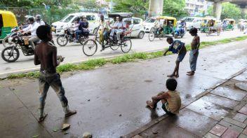 Spielen in Paharganj