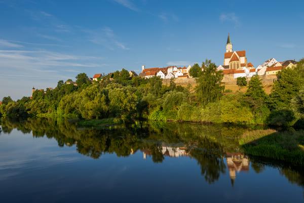 Foto der Altstadt von Nabburg über dem Fluss Naab