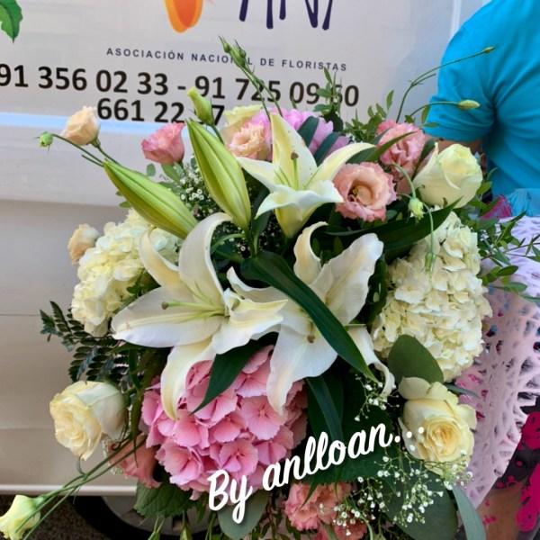 005 ramo de flor romantico