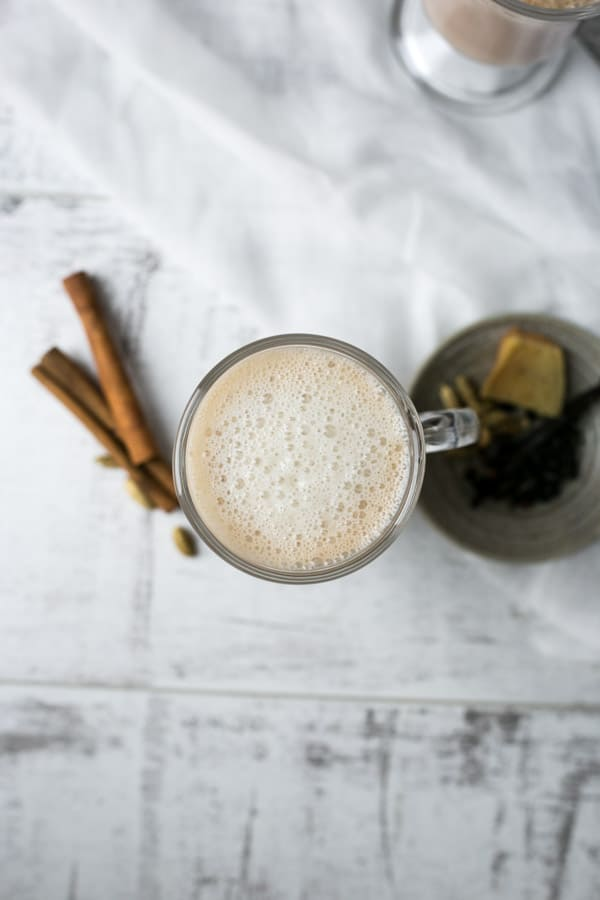 Spicy chai latte made with cashew milk. | via @annabanana.co