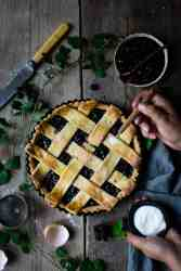 Homemeade blackberry jam lattice tart   via @annabanana.co