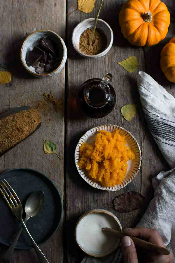 Spiced pumpkin chocolate bread #vegan #pumpkin bread | via @annabanana.co