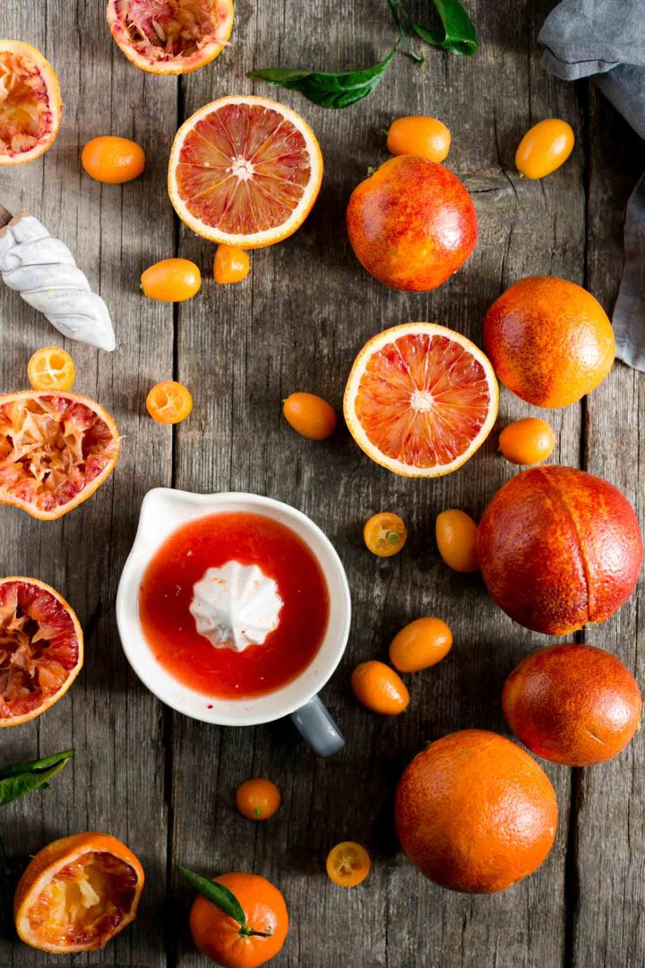 Vegan blood orange curd recipe #vegan #bloodorange #curd | via @annabanana.co