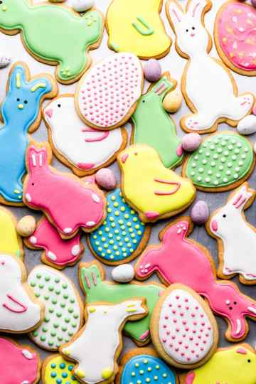 flatlay of piping bags filled with different coloured icing