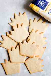 top view of baked sugar cookies in shape of crowns