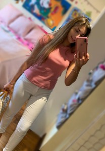 Back to school outfit idea with white jeans | How to wear white jeans to school
