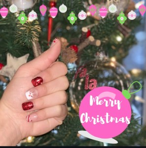 How I Feel About Blogmas + My Christmas Nails | Blogmas Day 25