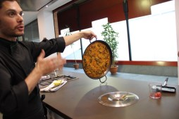 Paella cooking class Seville - the paella stuck to the pan